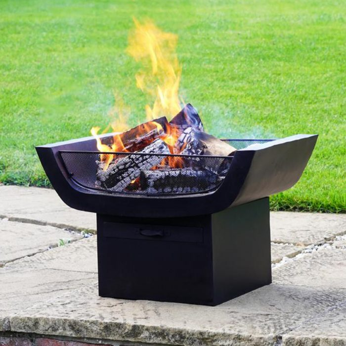 Outdoor Metal Sussex Firepit with Grill